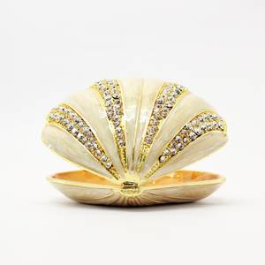 Seashell decorated With Crystal Stones for Room, Kitchen Or Table